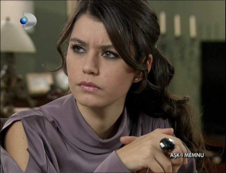 Related to Beren Saat - Wikipedia, the free encyclopedia