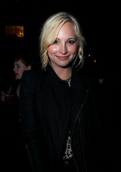 http://images2.fanpop.com/image/photos/13500000/Candice-Accola-the-vampire-diaries-tv-show-13540681-418-594.jpg