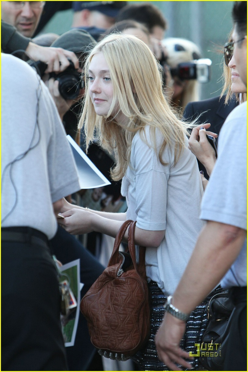Dakota arriving @ Jimmy Kimmel Live