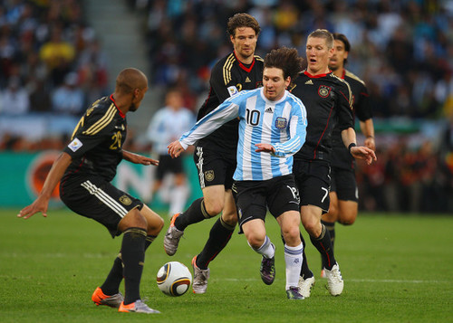 FIFA World Cup South Africa 2010 वॉलपेपर called Germany - Argentina