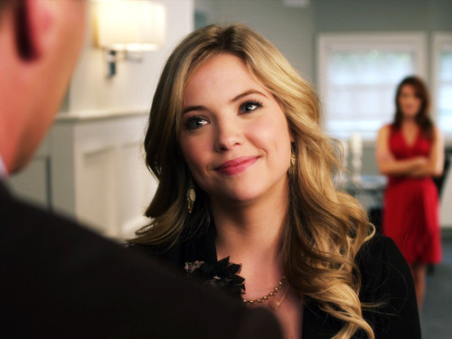 Hanna - pretty-little-liars-girls Photo