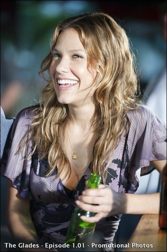 Kiele Sanchez (Nikki) on The Glades