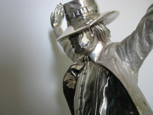 Michael Jackson Silver Statue