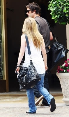 Out and About in Los Angeles - 30.06.10