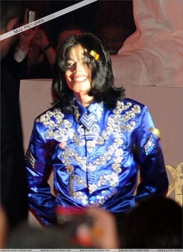 acak MJ