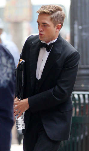 "Rob in a tuxedo on ""Water For Elephants"" Set"