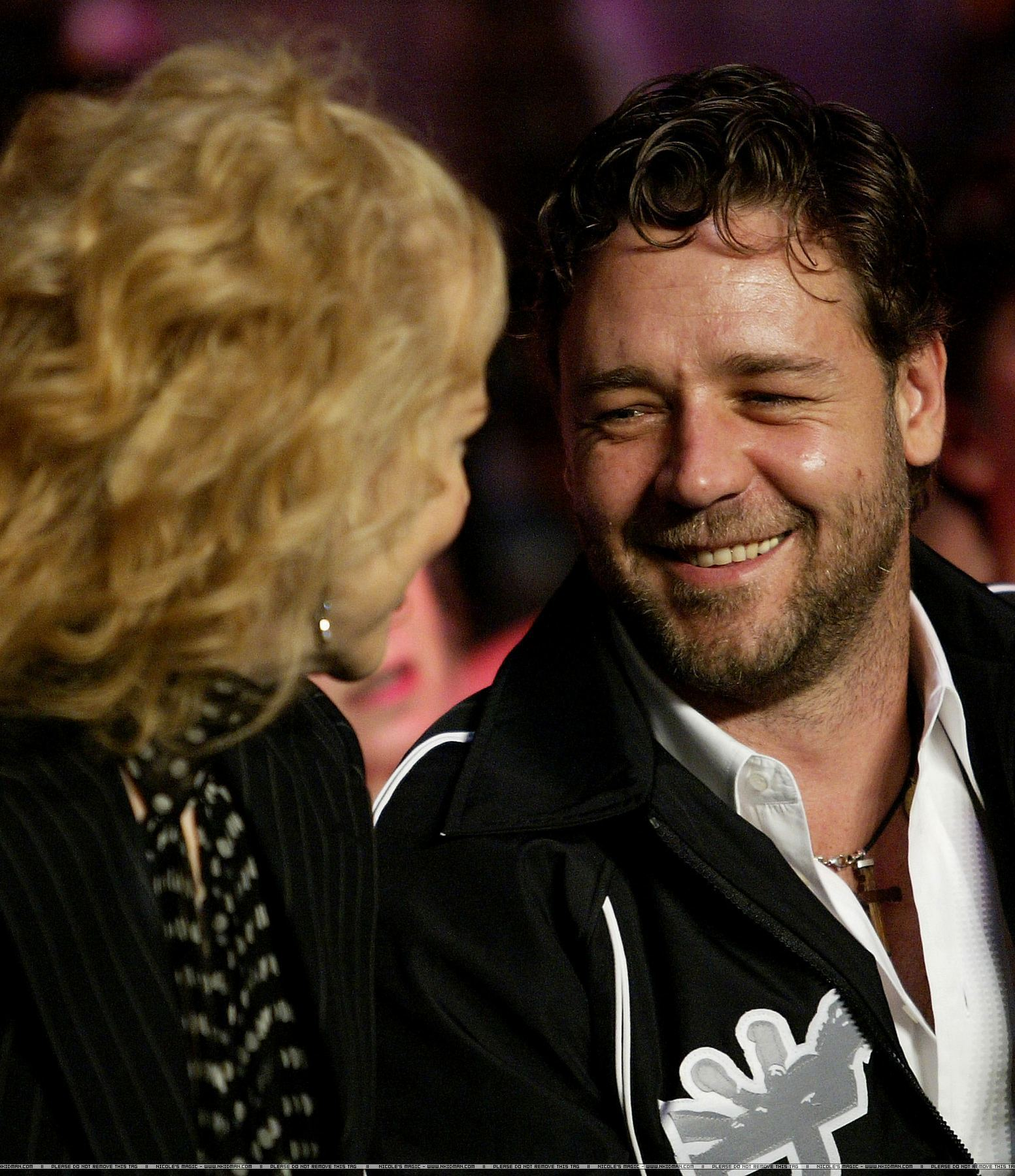 Russell Crowe at boxing match with friend Nicole Kidman