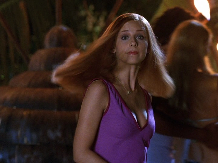 sarah michelle gellar images sarah in scoobydoo hd