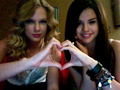Selena Gomez & Taylor Swift - taylor-swift-and-selena-gomez photo