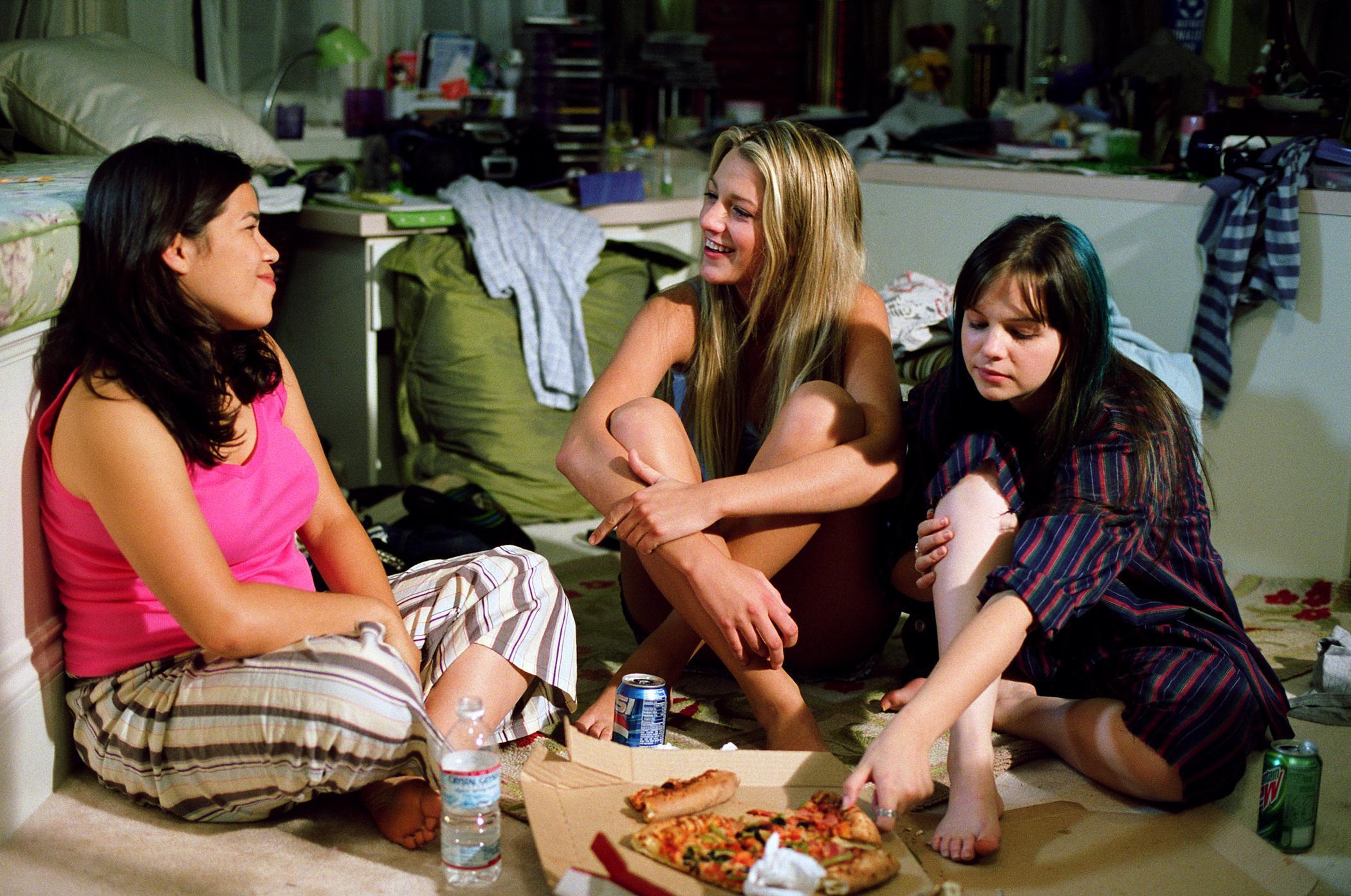 sisterhood travell