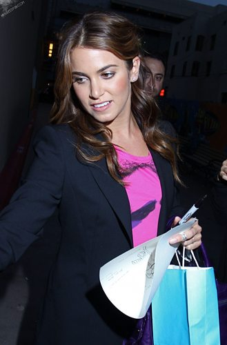 06-29 Nikki Leaving After Jimmy Kimmel Live