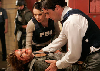 SSA Aaron Hotchner 壁纸 titled Hotch & Prentiss