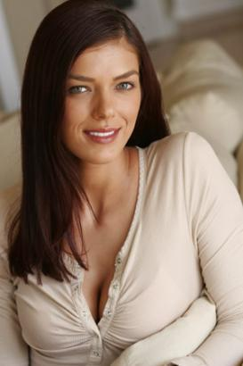 Adrianne curry, caril