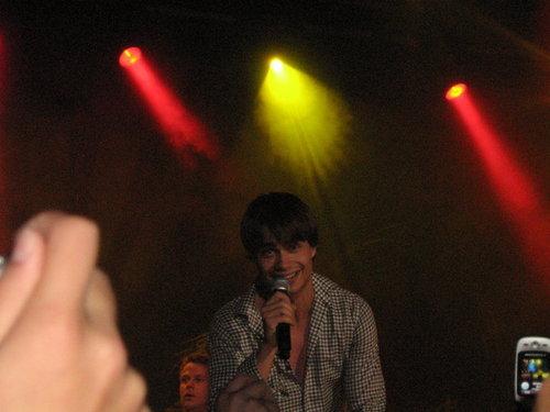 Alex :)