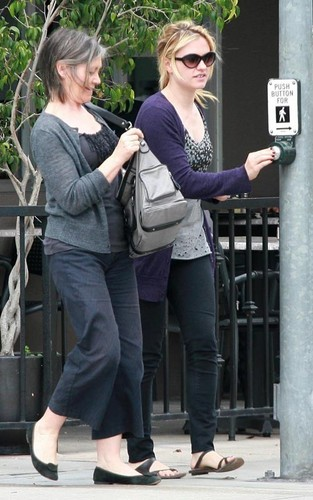 Anna out in West Hollywood