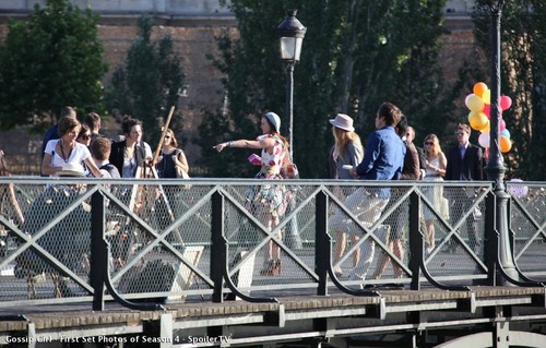 Blake- Gossip Girl - First Set 照片 of Season 4