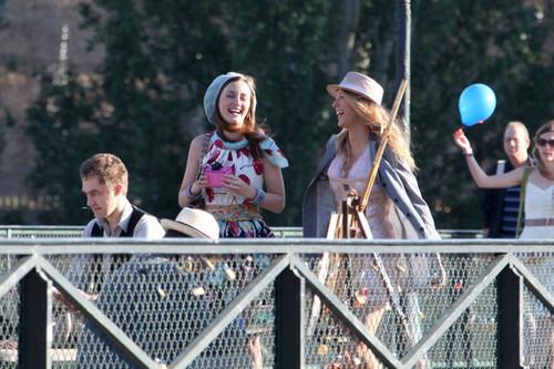 Blake on set of Gossip Girl in Paris