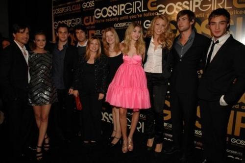 GG-THE CAST