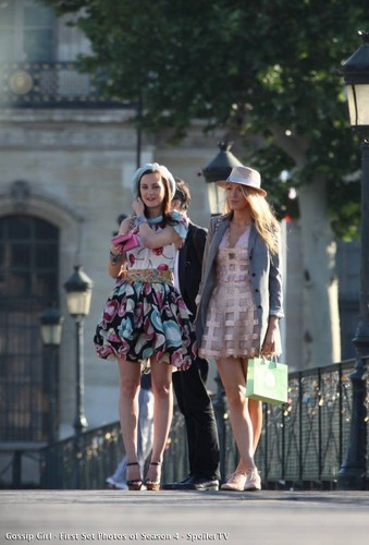 Leigh on set in paris filiming s4