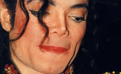 MJ *HD