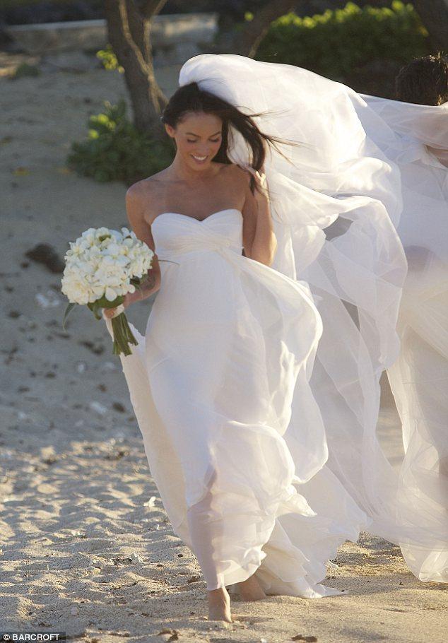 Megan & Brian's Wedding in Hawaii - Megan Fox 634x910