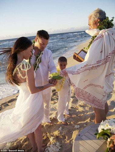 Megan & Brian's Wedding in Hawaii