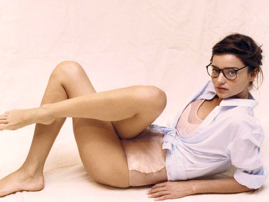 Miranda Kerr Gq Wallpaper