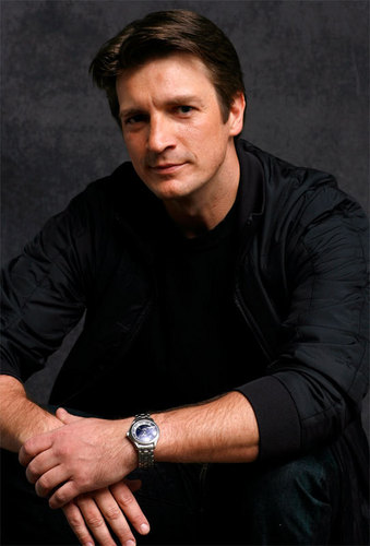 Nathan Fillion fond d'écran called Nathan Fillion