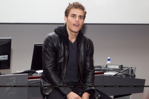 Paul @ The Vampire Diaries Q&A in Melbourne - July 4