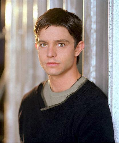 Promotional 写真 season 1, Max Evans