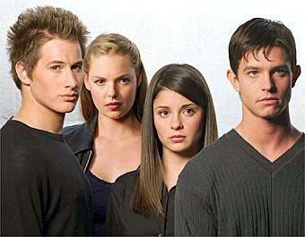 Promotional 사진 season 1, cast