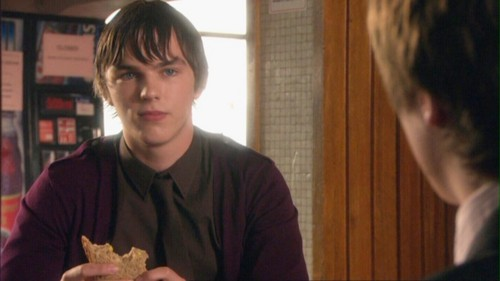 Nicholas Hoult wallpaper called Skins 2x05