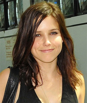 Sophia Bush as Melanie