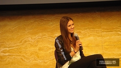 http://images2.fanpop.com/image/photos/13600000/TVD-Convention-Sydney-Australia-the-vampire-diaries-tv-show-13603350-400-225.jpg
