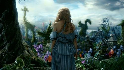 alicia en el país de las maravillas (2010) fondo de pantalla called Tim Burton's 'Alice In Wonderland'