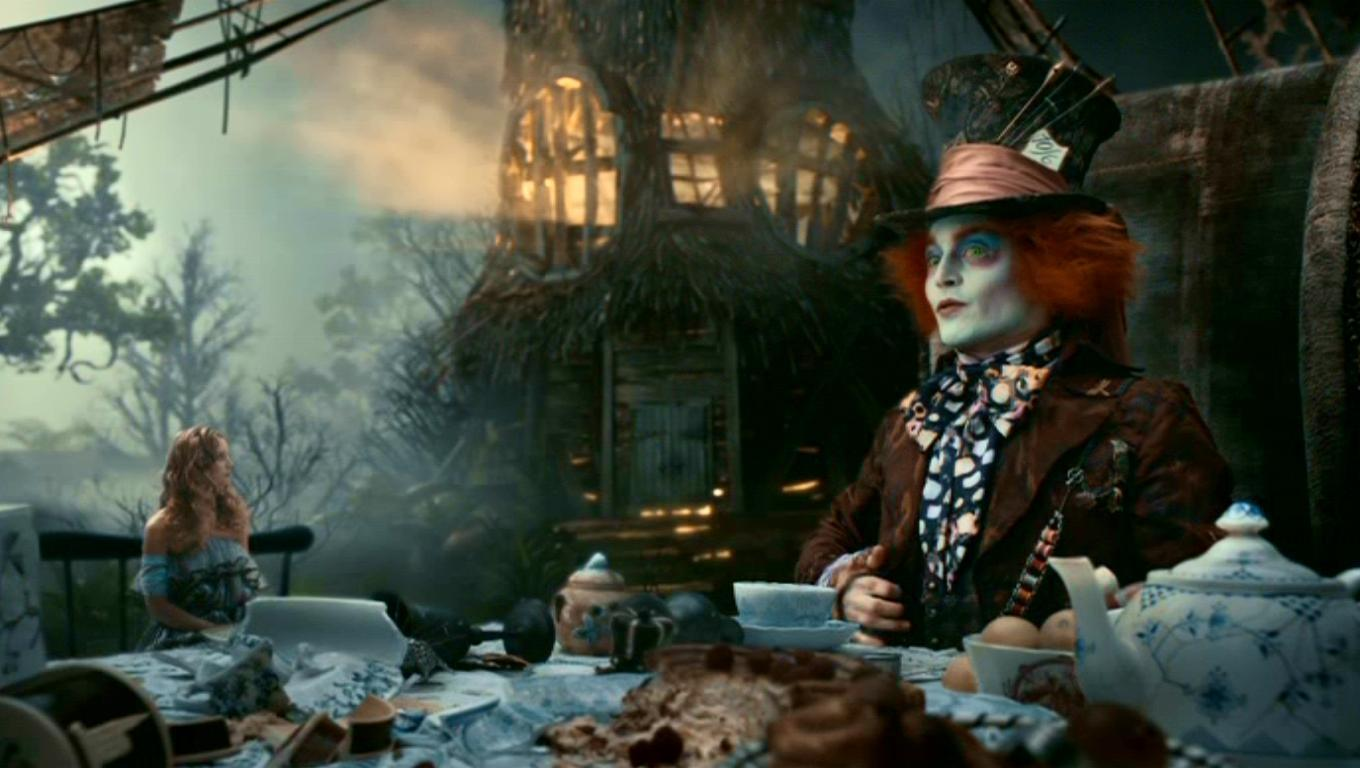 compare and contrast alice in wonderland new and old movie