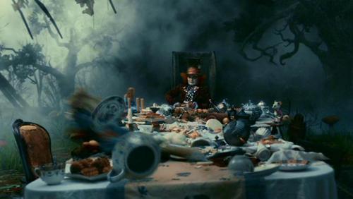 Alice im Wunderland (2010) Hintergrund entitled Tim Burton's 'Alice In Wonderland'