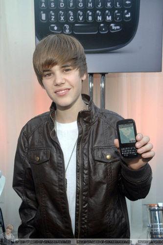 Justin Bieber fond d'écran titled telephon