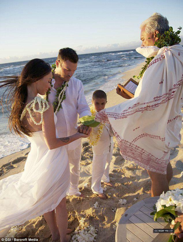 Brian Austin Green and Megan لومڑی Wedding