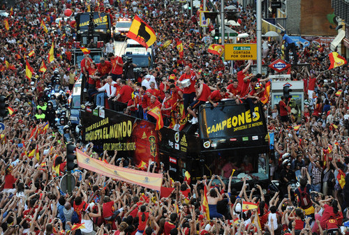 FIFA World Cup South Africa 2010 Hintergrund called FIFA 2010 World Cup Champions Spain Victory Parade And Celebrations