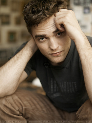 Gorgeous New Outtakes from Robert Pattinson's latest bức ảnh Shoot