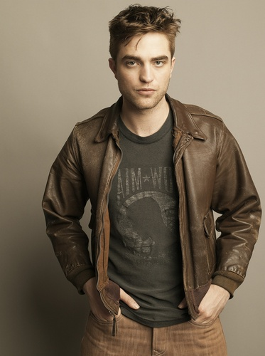 Gorgeous New Outtakes from Robert Pattinson's latest фото Shoot