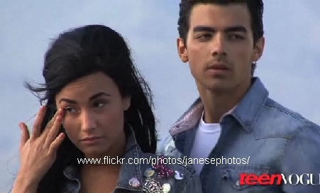 Jemi wallpaper entitled Joe and Demi Teen Vogue