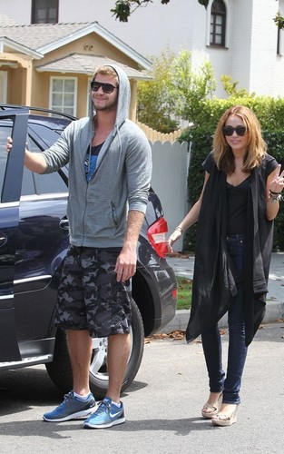 Liam & Miley out in North Hollywood