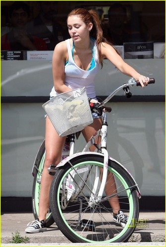 MiLeY and LiAm -riding a bike!!
