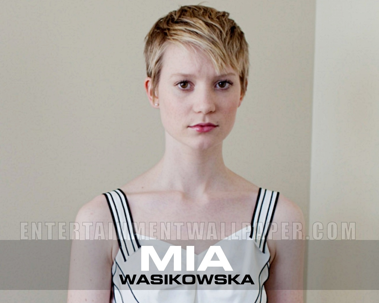 Mia Wasikowska - Wallpaper Actress