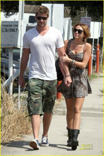 Miley & Liam out in Toulca Lake