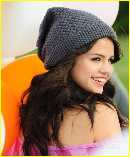 selena gomez dream out loud collection. Selena Gomez: Dream Out Loud
