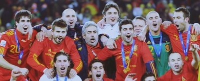 FIFA World Cup South Africa 2010 वॉलपेपर titled Spaniards celebrating