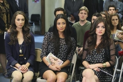 Spencer, Emily & Aria 1x08